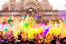 Students go to color festival